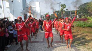 Para Penari Obor pada peringatan hari Pattimura ke 200