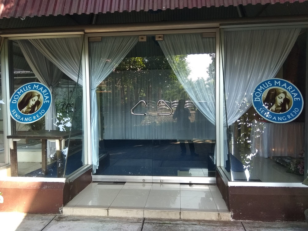 Domus Mariae Ruang Doa di Gua Maria Sendangrejo Blitar