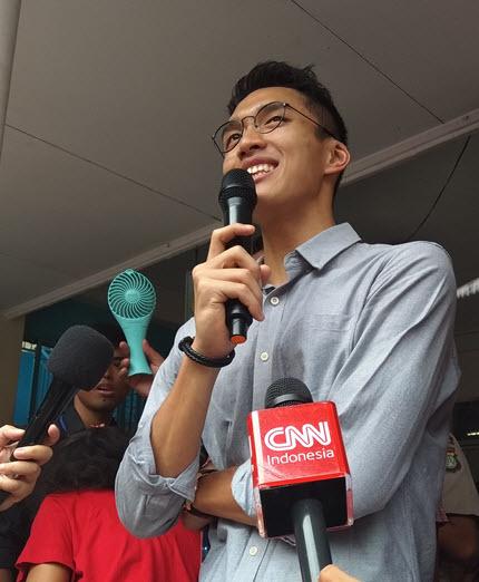 Jonatan Christie saat mini talkshow dengan beberapa wartawan dan penggemarnya di SDK Antonius Jakarta Timur pada hari Minggu (2/9/2018)