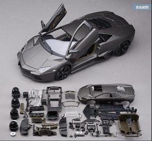 Diecast Model Kit Jenis Sedan yang Terdapat Pada Website eBay