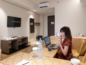 Berbagai fasilitas menarik ada di Smart Office Space Hotel Luminor Kota Jakarta