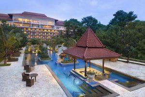 Tamansari Water Castle Swimming Pool yang ada di Hotel Sheraton Mustika Yogyakarta