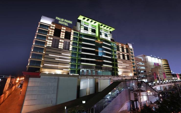 Palm Park Hotel Kapas Krampung Surabaya
