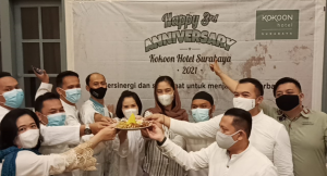 Manajemen Hotel Kokoon menyambut gembira perayaan ulang tahun 3rd Anniversary